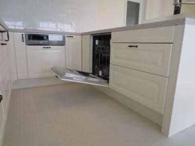 画像5: U型キッチン