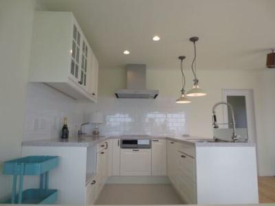 画像1: U型キッチン